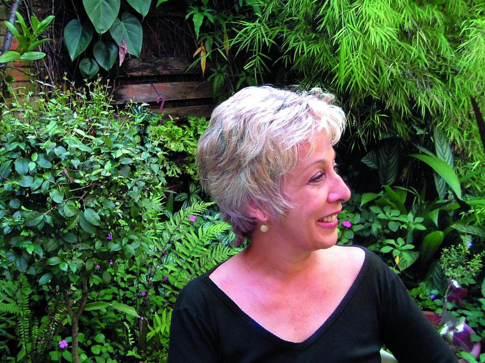 Angela Santos